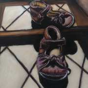 Lydia First Shoes, Pen